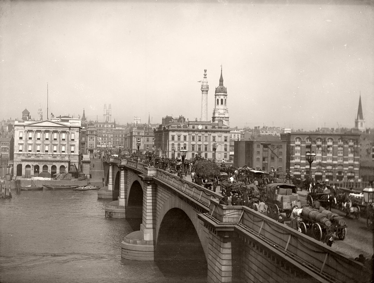 London Bridge 1880