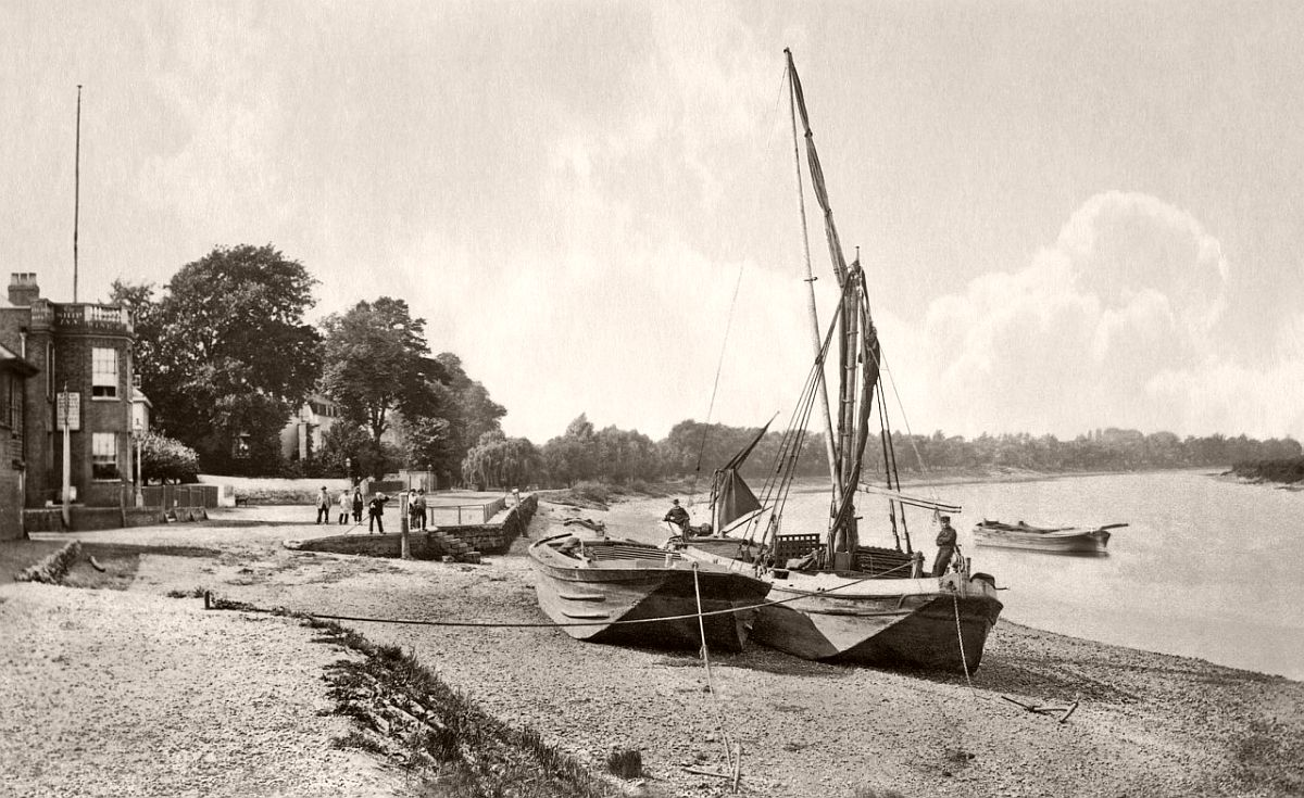 View of Mortlake (1860-1887)
