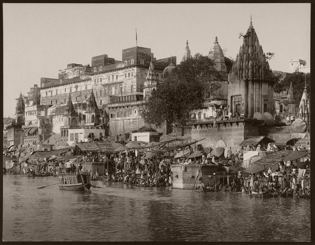 Benares. Rajah Potia Temple