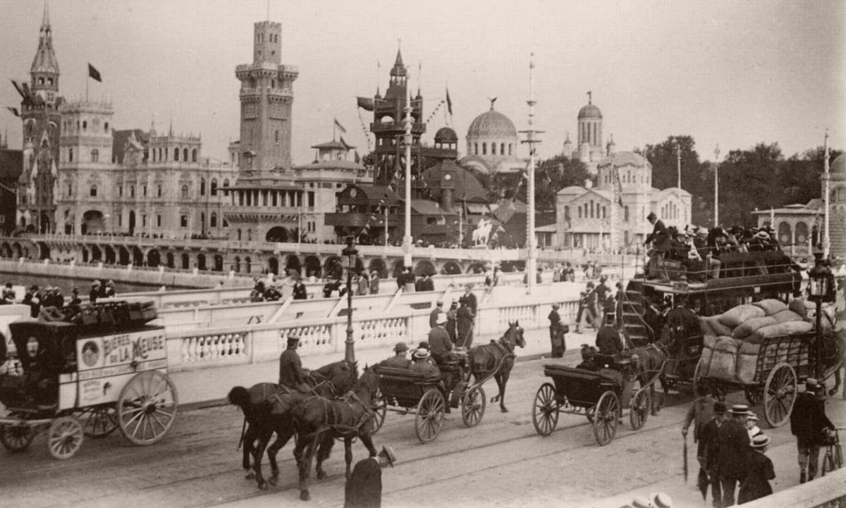 Old Paris pavillion, and other pavillions