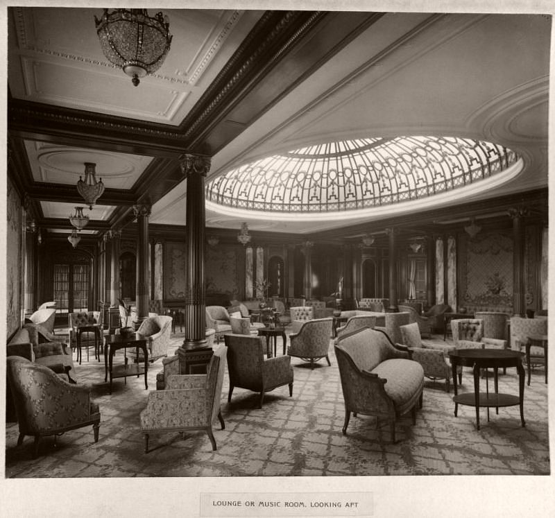 Lounge or music room, looking aft, circa 1906