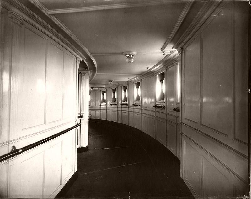 Mauretania observation hall, circa 1906