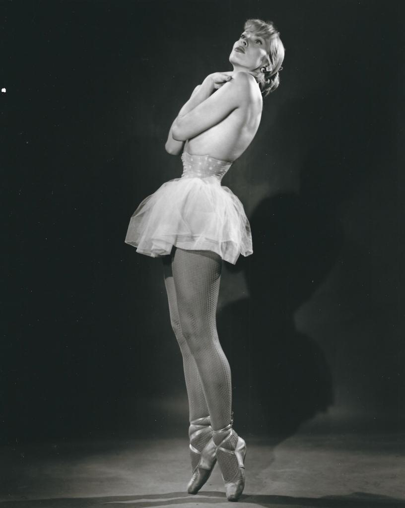 Bruno Bernard, Maila Nurmi, 1940-49