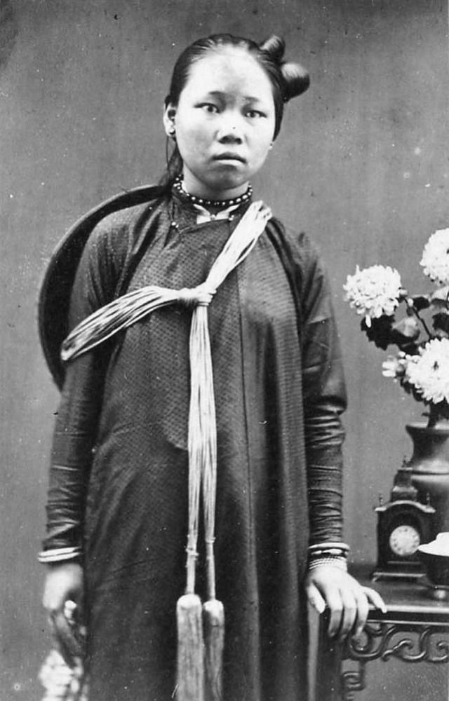 Portrait of an Annamese girl, 1880