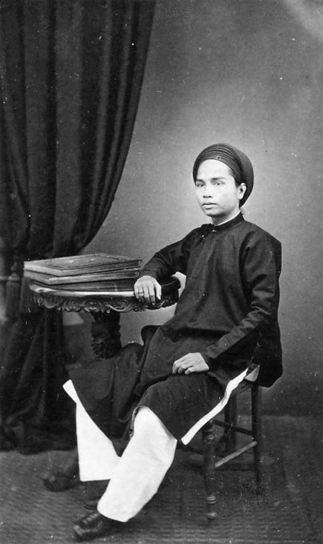 A governor in Cho Lon district, 1880