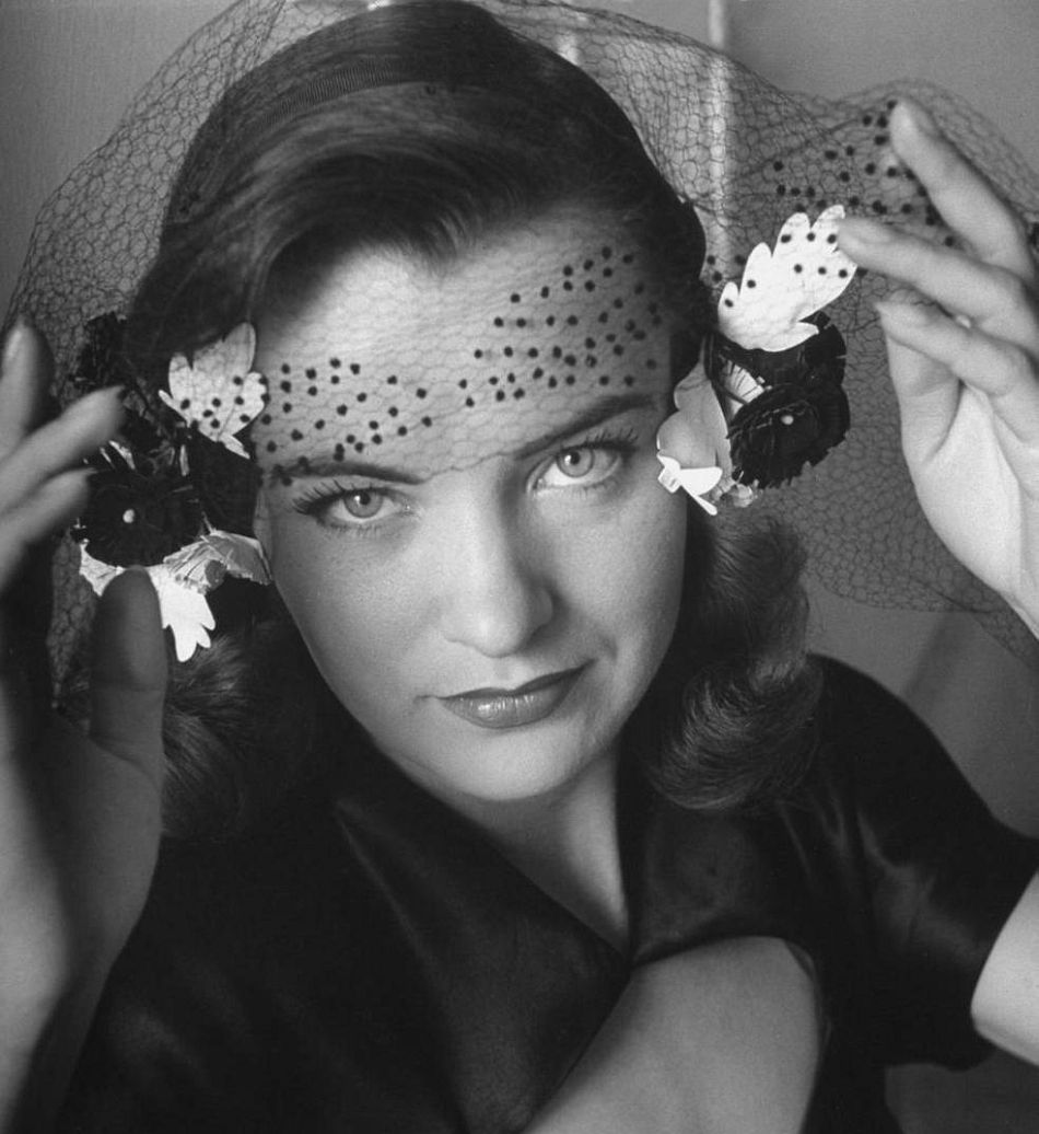 Hollywood actress Ella Raines (1940s)