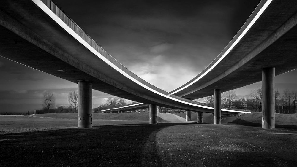 © Frank Loddenkemper: Rheinkniebrücke / MonoVisions Photography Awards 2019 winner