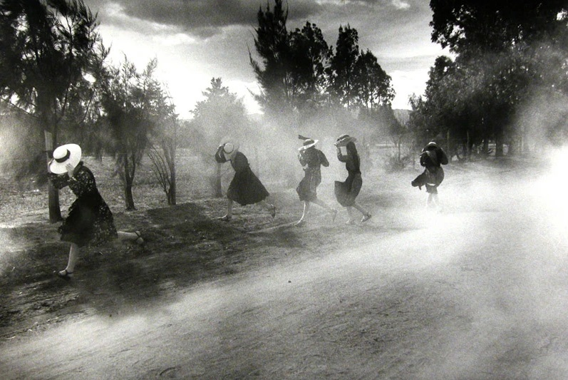 Larry Towell b. 1953 Dust Storm, Durango Colony, Durango, Mexico, 1994