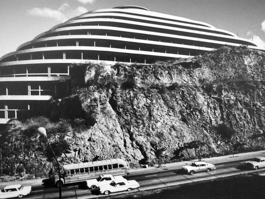 El Helicoide Construction (1950s)