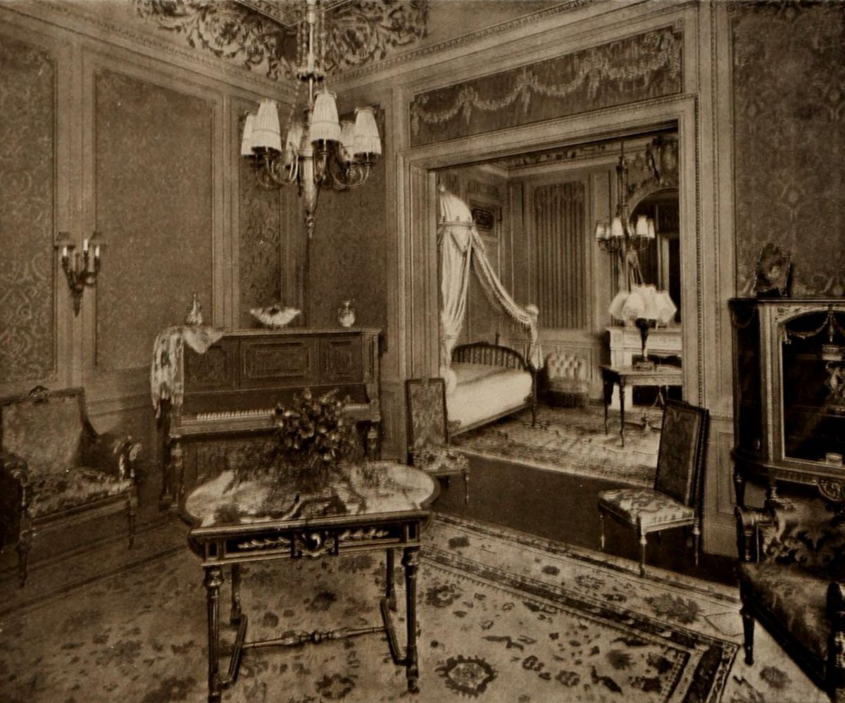 The Waldorf State Apartments – Louis XVI, Music Room