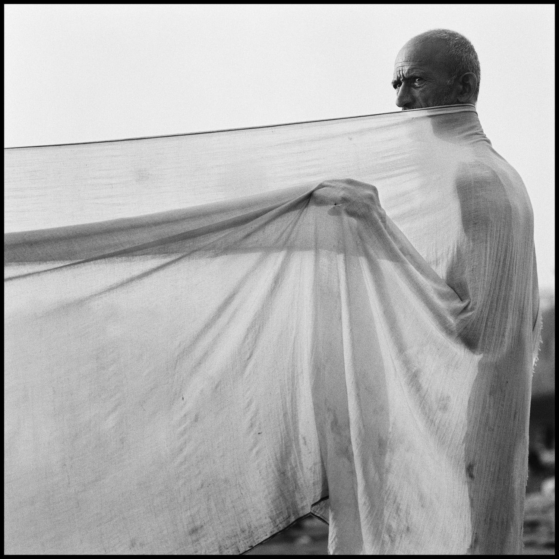 Untitled, Varanasi, India 1989
