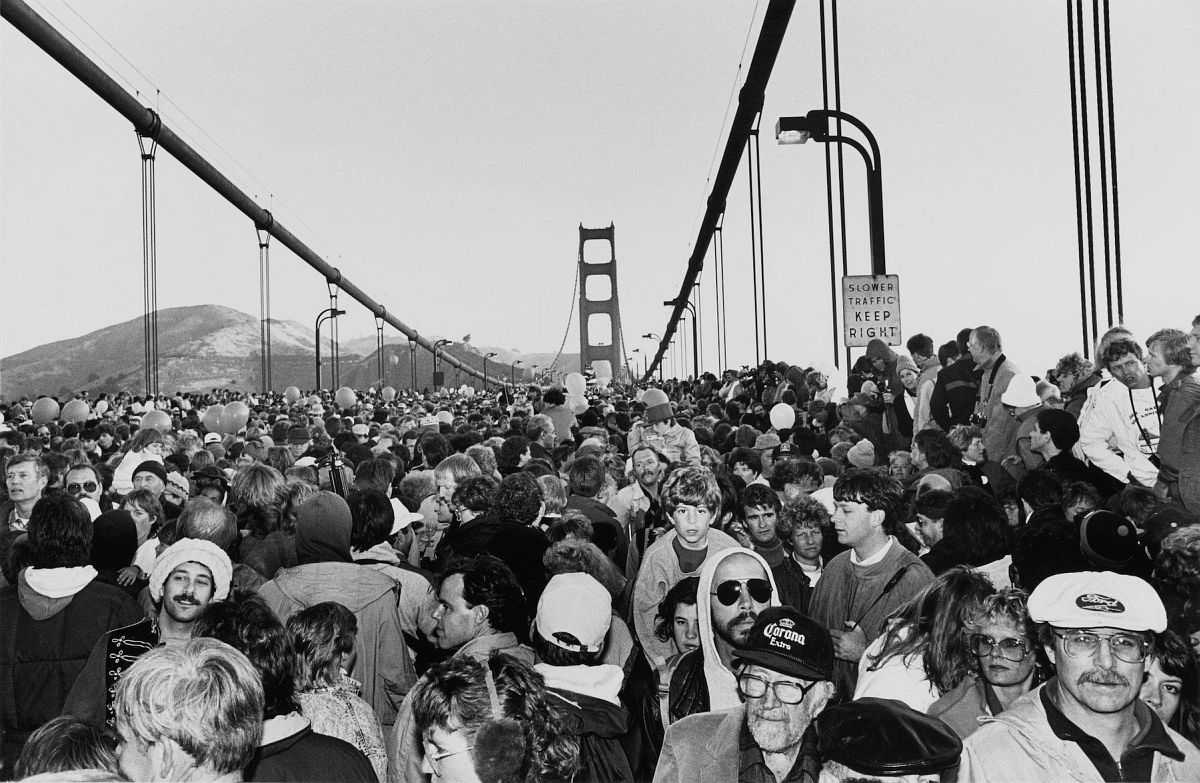 Michael Jang, Fiftieth Anniversary, Golden Gate Bridge, 1987, gelatin silver print. Courtesy of the artist / © Michael Jang