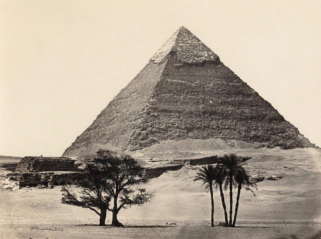 Wilhelm Hammerschmidt (1822–1887) Zweite Pyramide von Ghizeh, 1860er-Jahre (Abzug 1860er-Jahre) Albuminpapier auf originalem Karton 23,7 x 31,5 cm Kunstpalast Düsseldorf