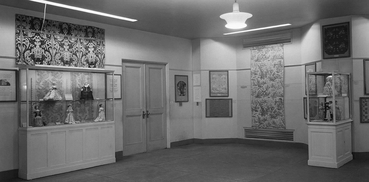 """""""European Textiles and Costume Figures,"""" Staten Island Institute of Arts and Sciences, 1000 Richmond Terrace, Staten Island, 1938"""