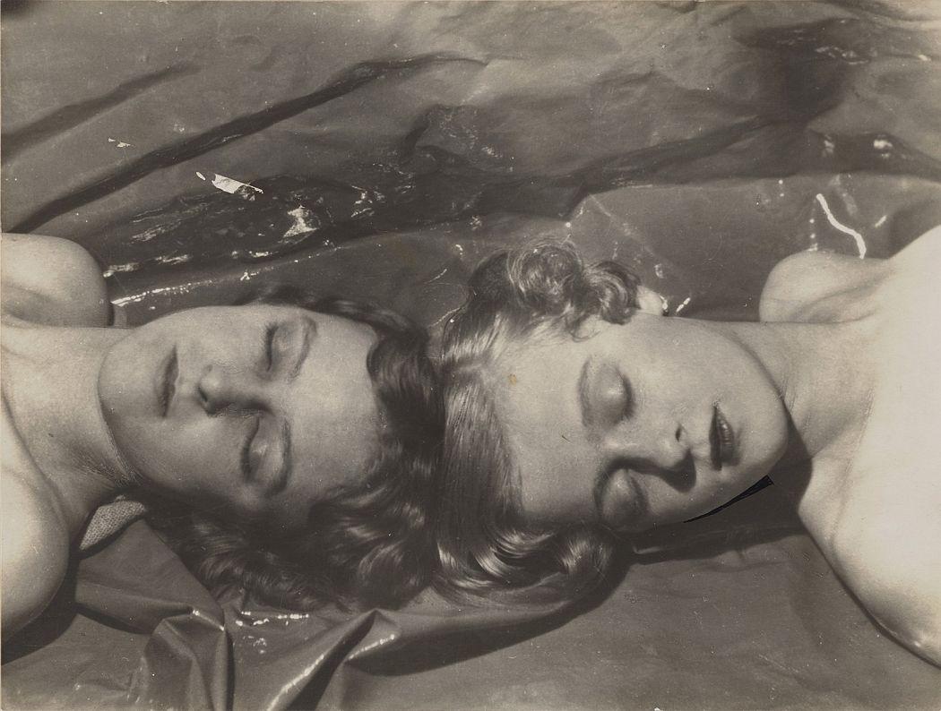 Zita and Teresa Jungman, 1927  Cecil Beaton