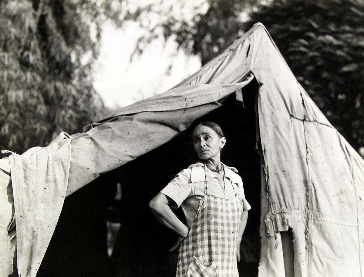Dorothea Lange  Greek migratory woman living in a cotton camp near Exeter, California, c.1935