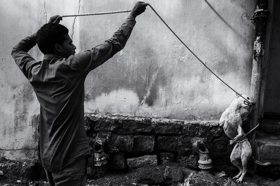 © Swarat Ghosh: Beyond Street / MonoVisions Photography Awards 2020 winner