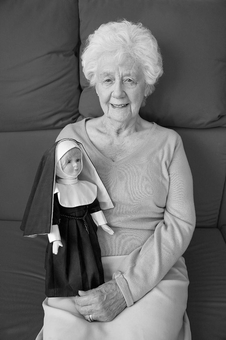 © Nina Borowsky: 'Girls and Dolls' (Isolation) / MonoVisions Photography Awards 2020 winner