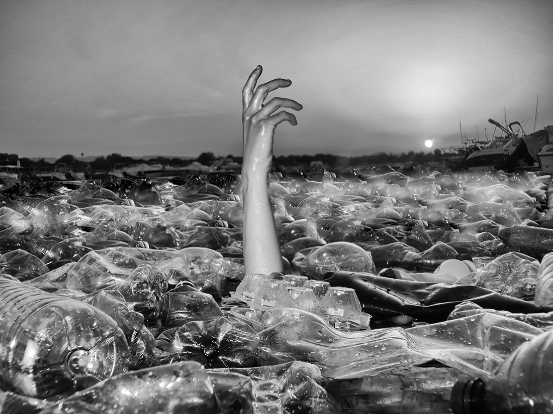 © Emanuele Vitale: Seeing Beyond – Discoveries / MonoVisions Photography Awards 2020 winner