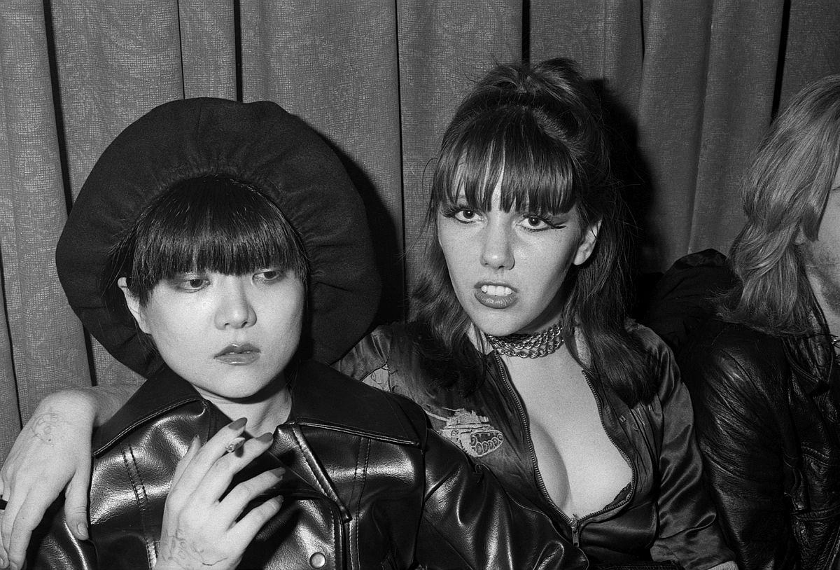 GARY GREEN Anya & Roxy, Max's Kansas City, New York, 1976 © Gary Green / Galerie Miranda