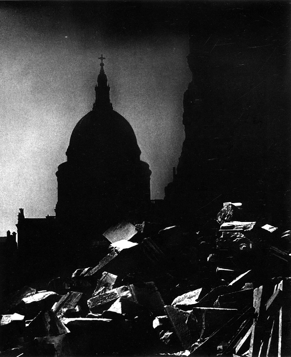 Bill Brandt St. Paul's Cathedral in the moonlight, 1942 Private collection Courtesy Bill Brandt Archive and Edwynn Houk Gallery © Bill Brandt / Bill Brandt Archive Ltd.